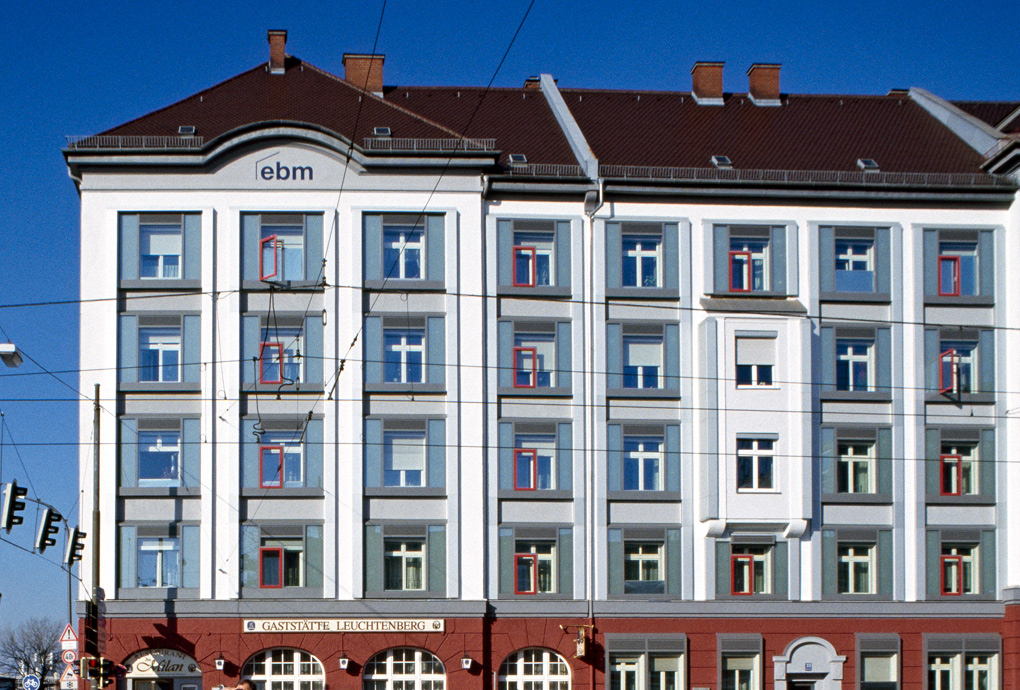 Das Gebäude der Eisenbahner Baugenossenschaft München